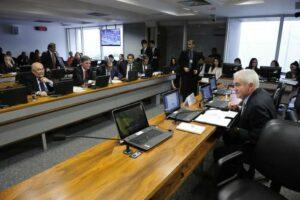 CCT aprova PL que amplia alcance de rádios comunitárias
